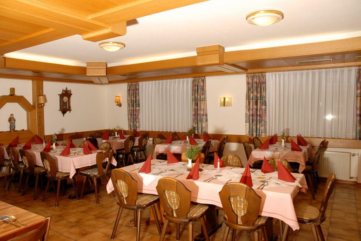Das Nebenzimmer auch geeignet für kleine Feiern und