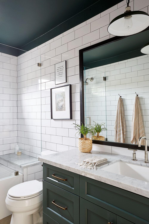 East Coast Tradition Meets Socal Comfort In Manhattan Beach Rue Green Tile Bathroom White Bathroom Tiles Bathroom Redesign [ 1500 x 1000 Pixel ]