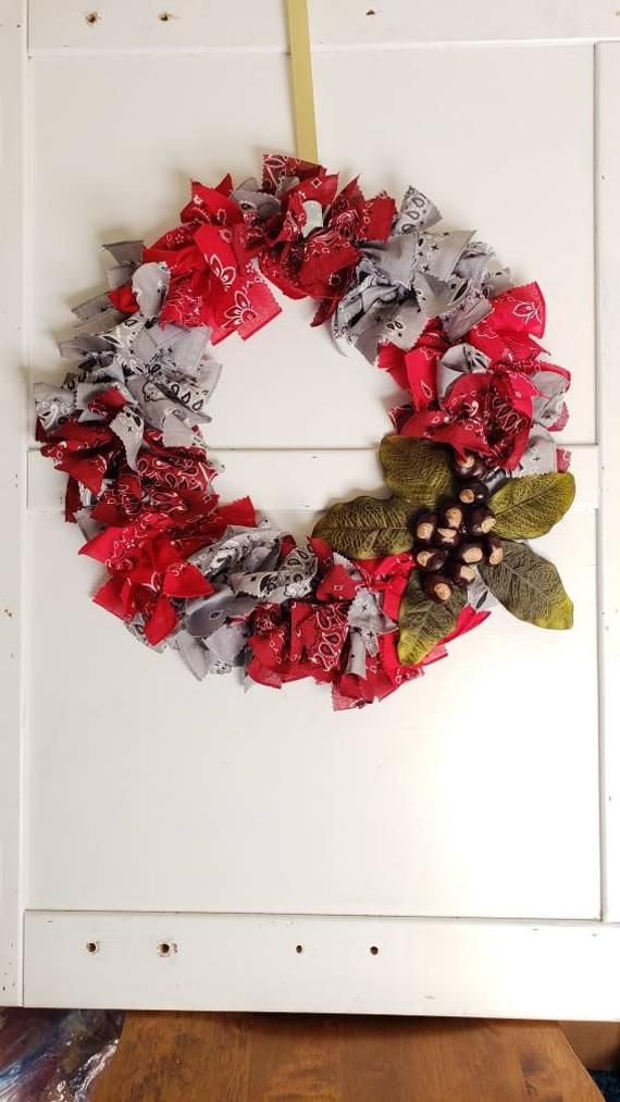 Larger Ohio State University Buckeyes, Rag wreath, Front ...