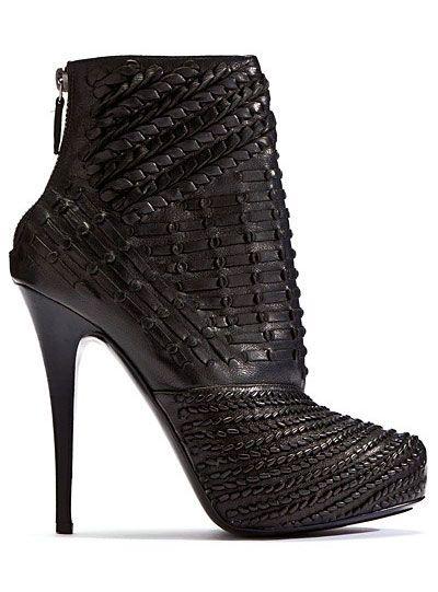 Barbara Bui Black Ankle Boots Fall Winter 2011 #Shoe #Booties #Heels