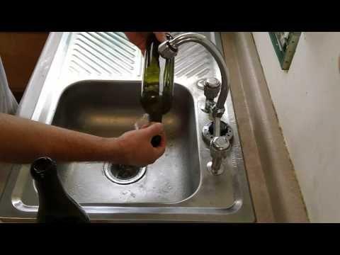 Como cortar botella de vidrio con agua caliente muy f cil - Como cortar botellas de vidrio ...