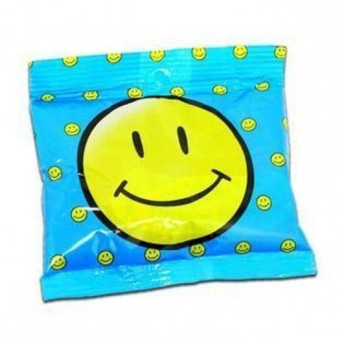 Smiley face sports lunch box ice pack