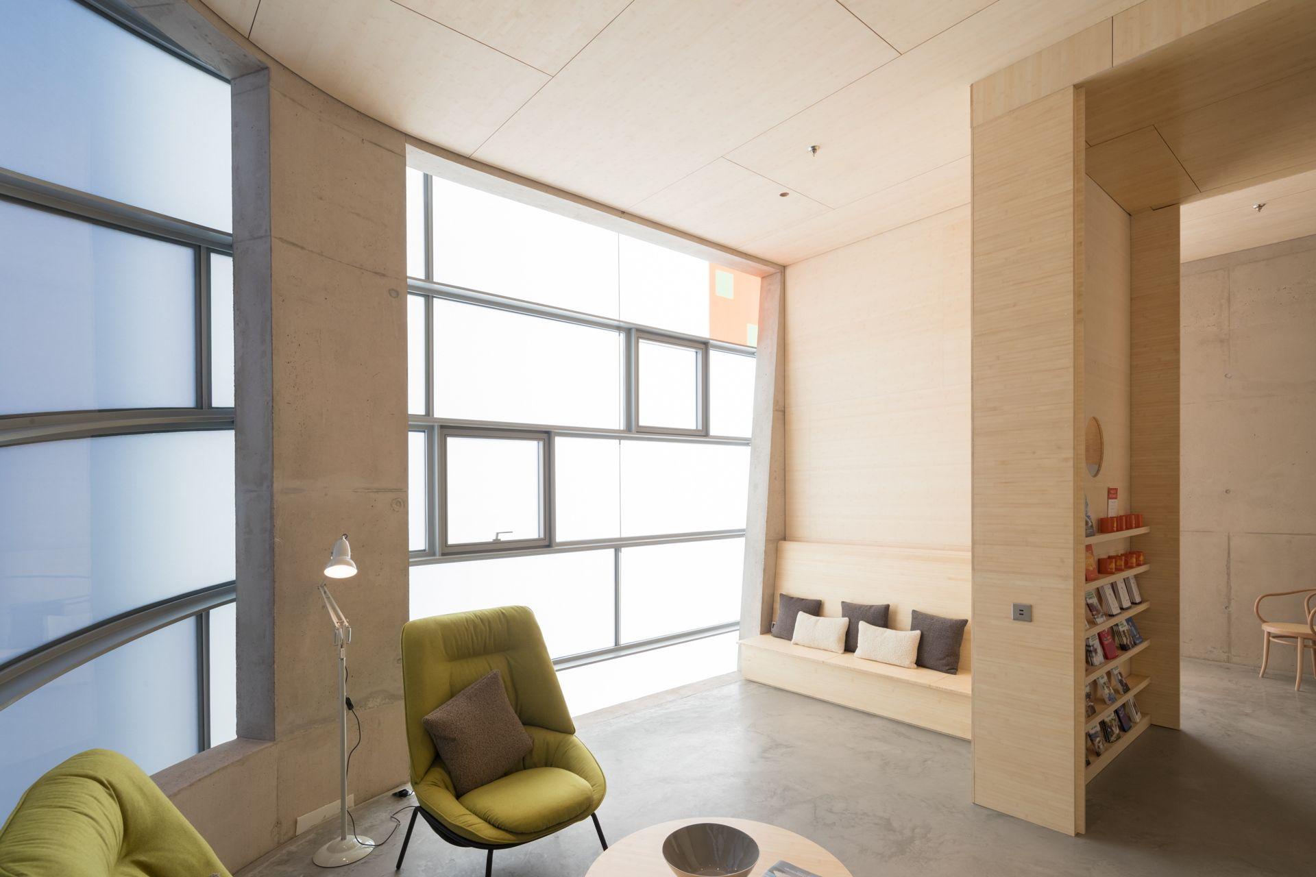 Steven Holl jmarchitects Maggie's Centre Barts London