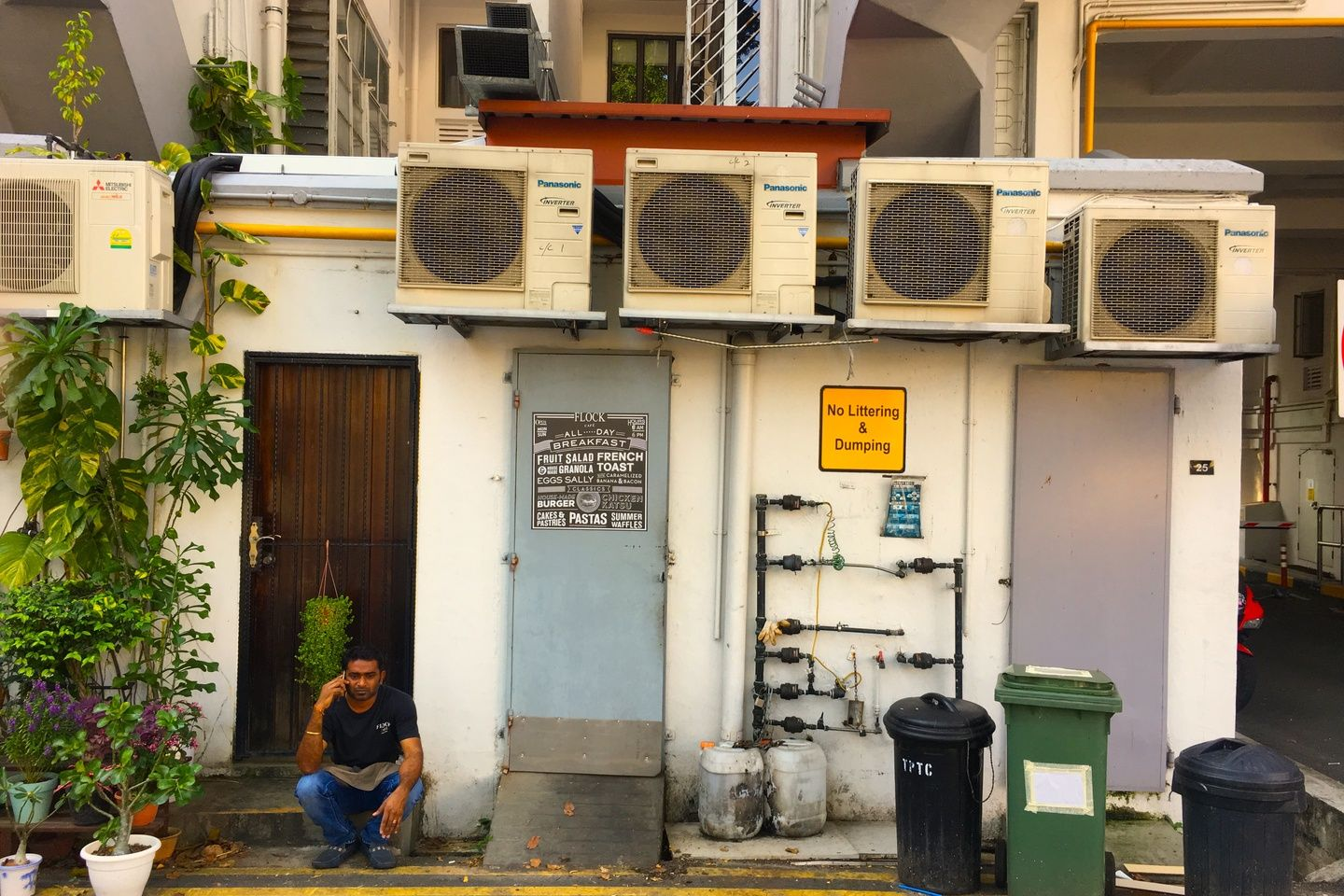 Aircon addicted Singapore seeks new ways to escape urban