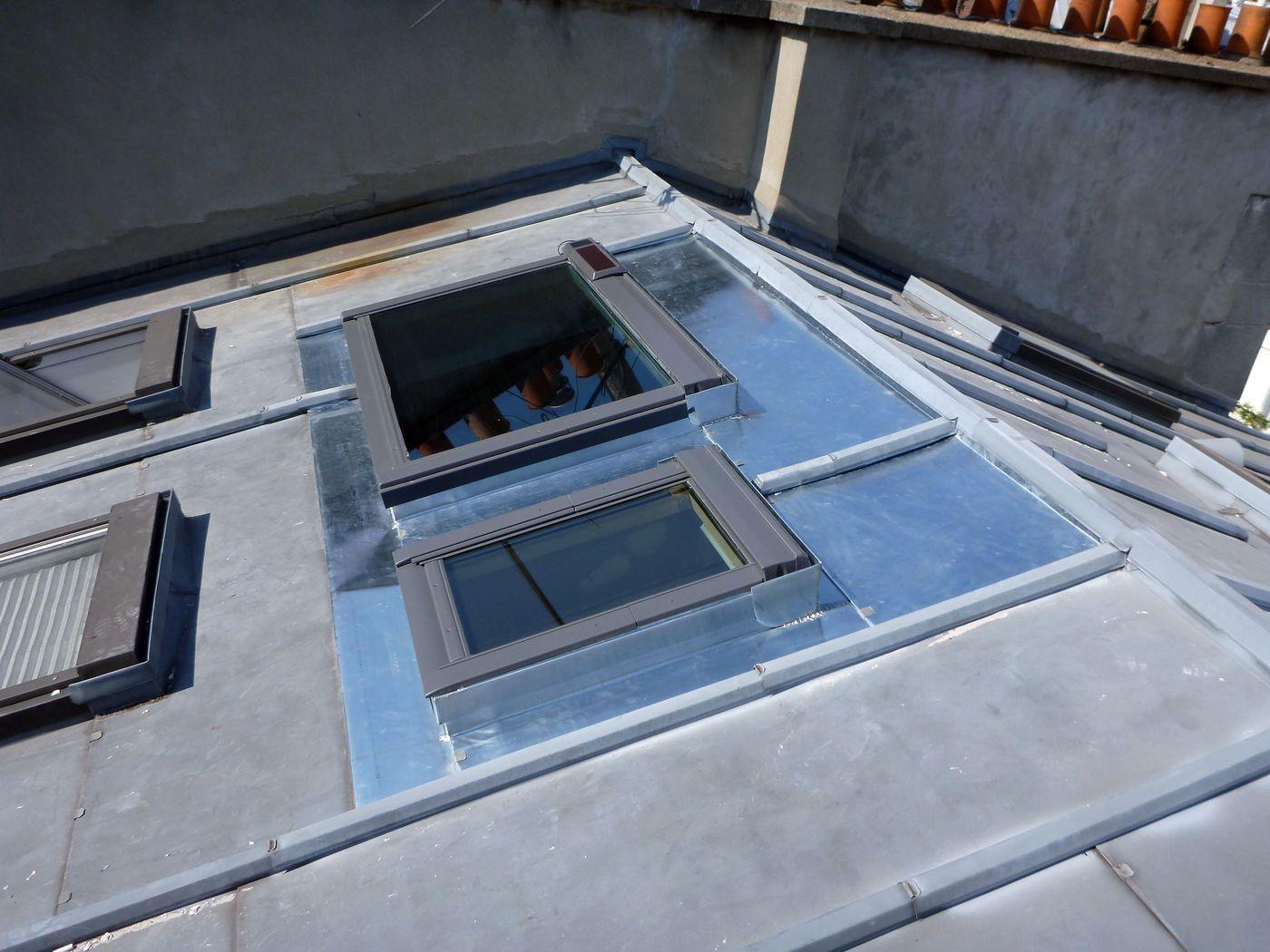 Remplacement D Un Vasistas Par 2 Velux Ck02 Et Uk04 Pour Separer La Piece Velux Pose Velux Salle De Bain