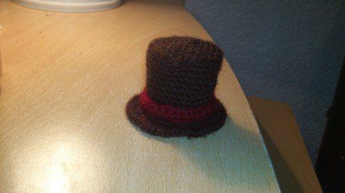 Mini Professor Layton Top Hat Free Pattern Stuff I Want To Make