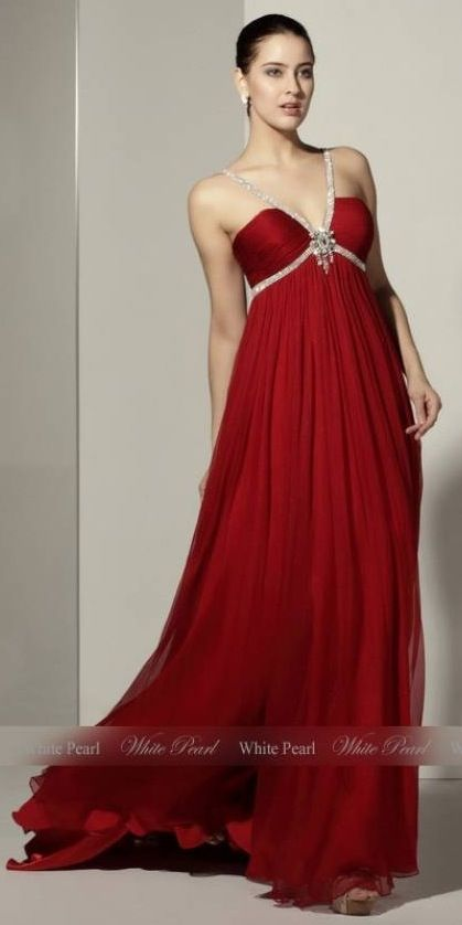 Pin By On Pinterest Gowns Dress Fashion
