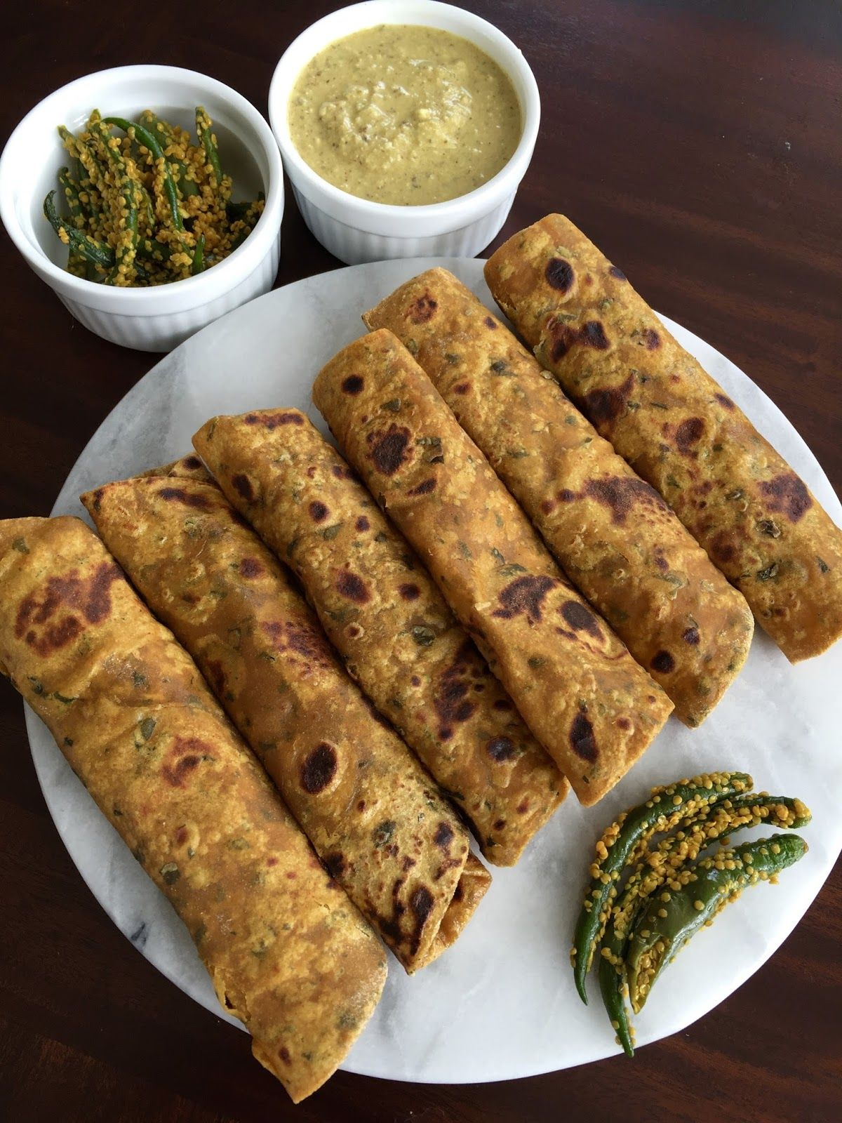 Methi thepla a traditional gujarati breakfast for a healthy food forumfinder Images