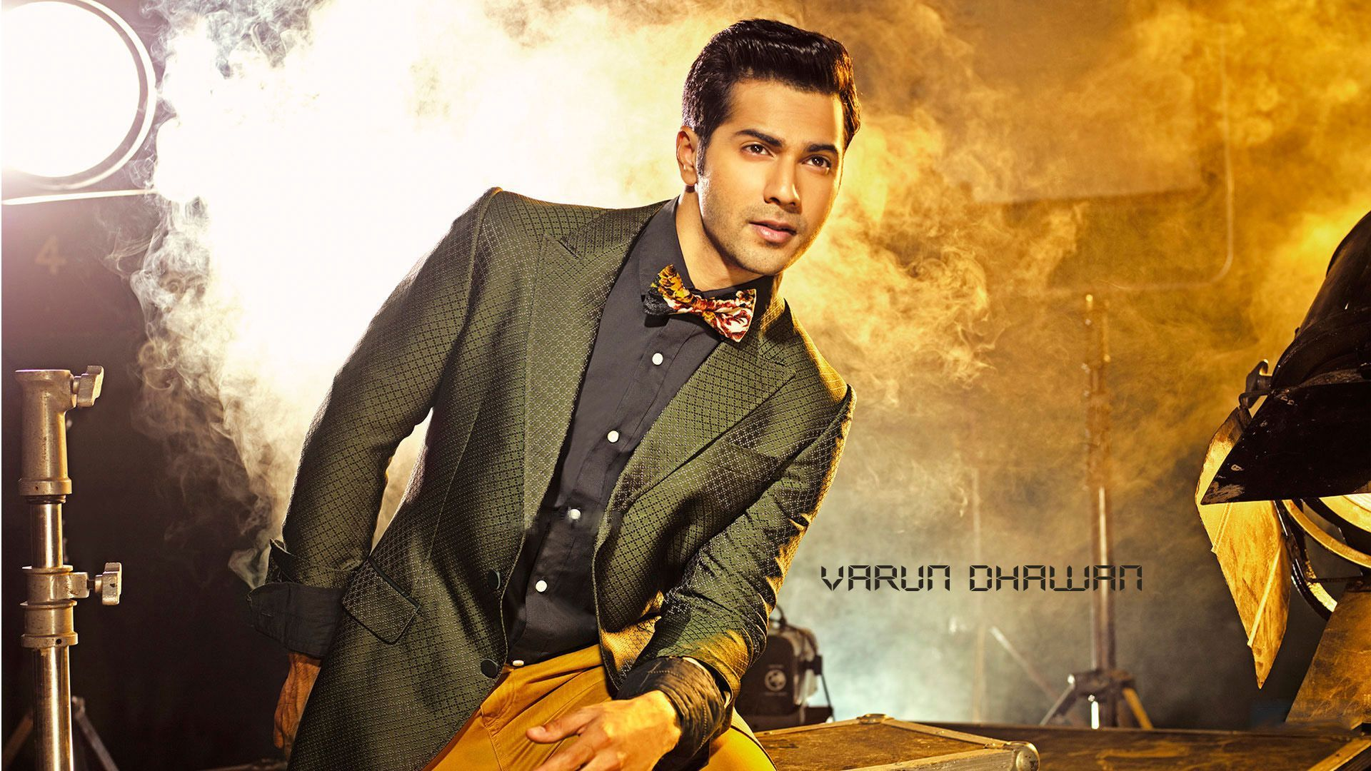 Bollywood Actors Walpaper In 2080p: Varun Dhawan, Bollywood, Actor, Indian Actor, HD, Dashing