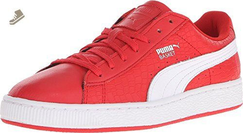 PUMA Women s Basket Roses Sneaker 60d5be2b38