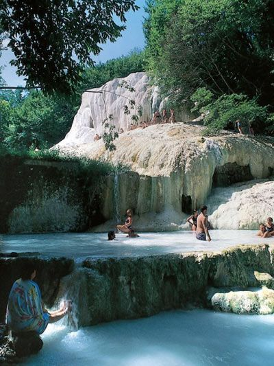 Piscine termali naturali Provincia di Siena Italy  Beautiful places  Italy travel Travel e