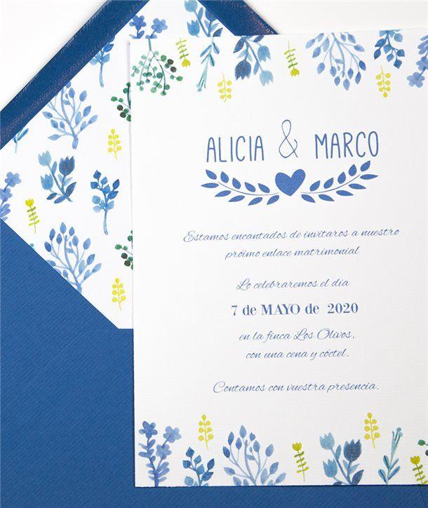 Invitacion De Boda Y Sobre Forrado Flores Azules