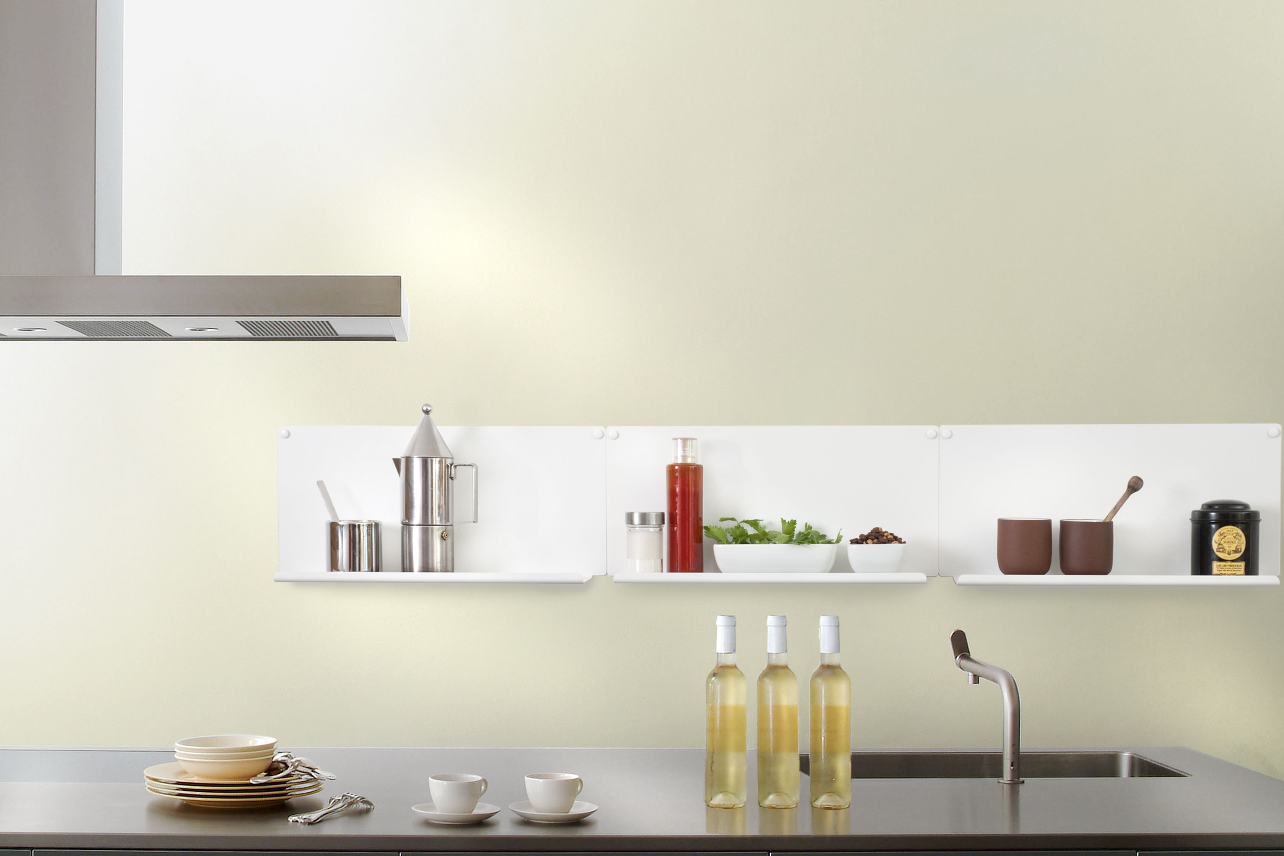 Étagère de cuisine design TEEbooks Un système de rangement simple