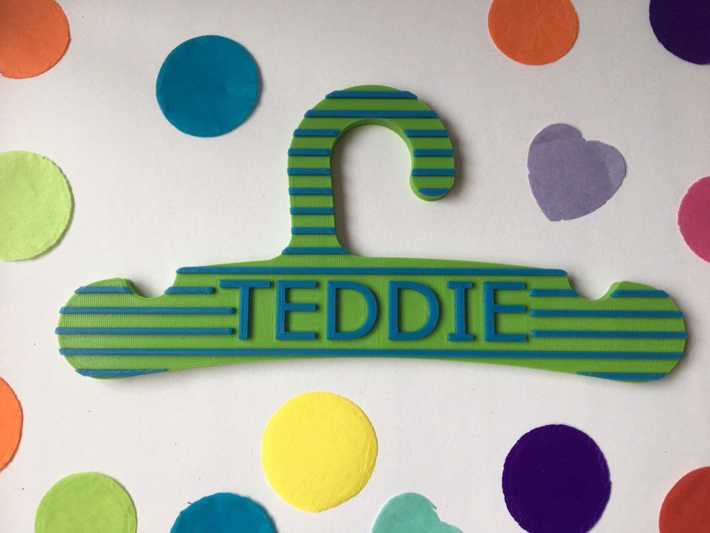 Personalised Clothes Hanger With Name For Baby Or Child 3d