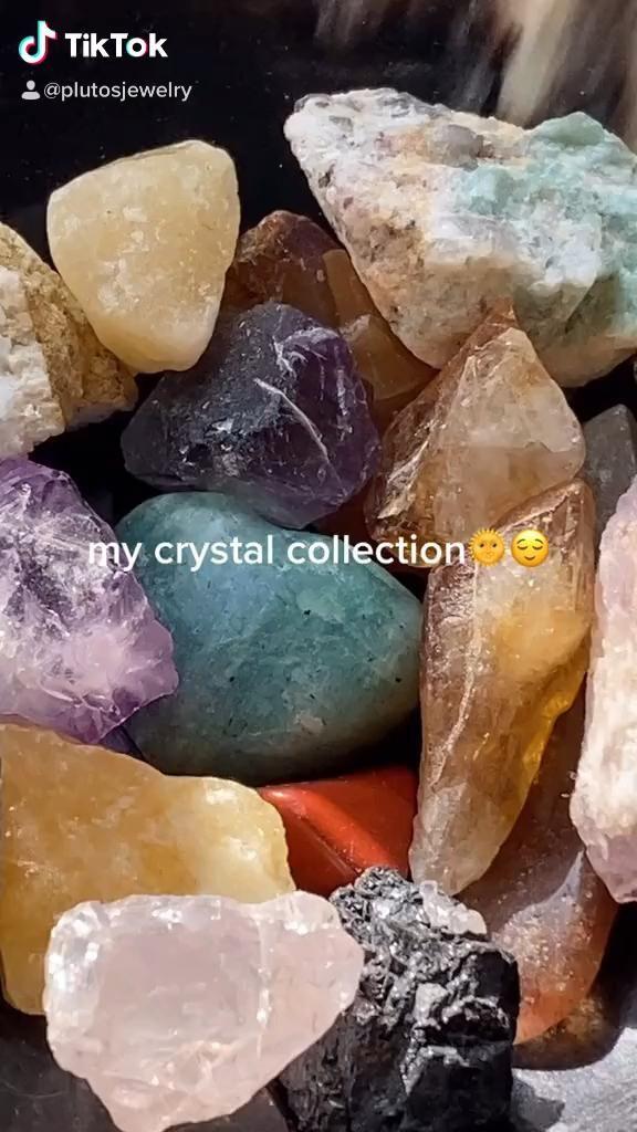 #gemstones #gems #gemstonejewelry #crystals #spiritual #hippy #hippie #amethyst #citrine #clearquartz #jasper #amazonite #obsidian #fluorite