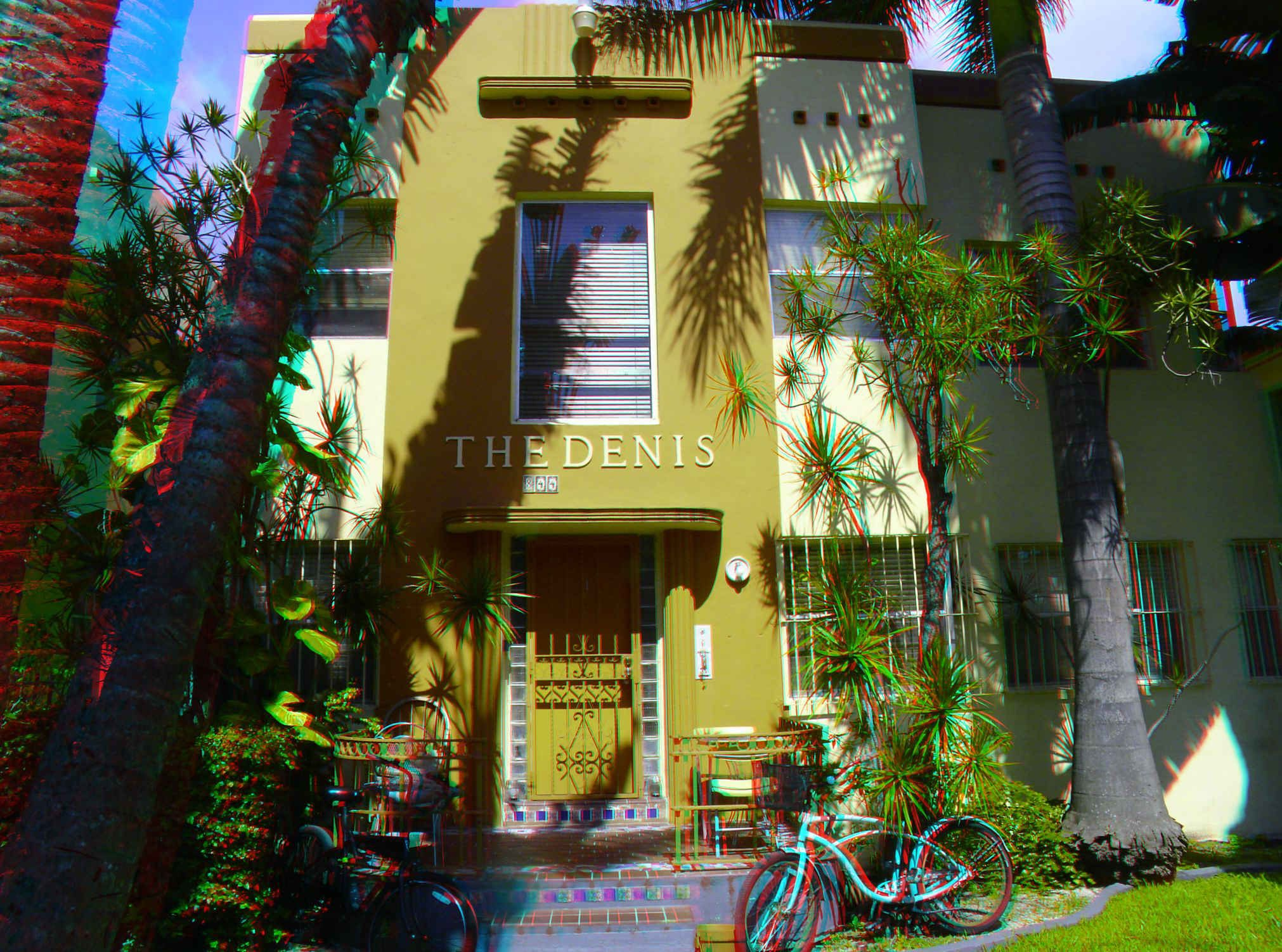"""844 Euclid Avenue - The Denis Apartments - Built: 1938 - Architect: Arnold Southwell - Style: Art Deco - Google """"anaglyph glasses"""" to view in 3D!"""