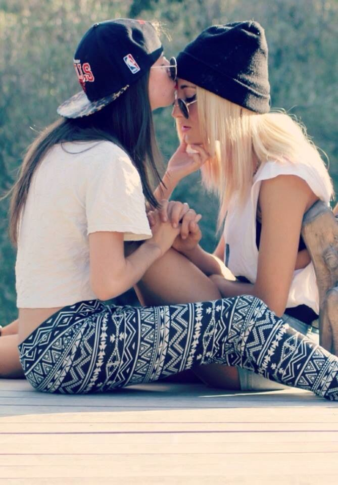 lesbians ass Beautiful love