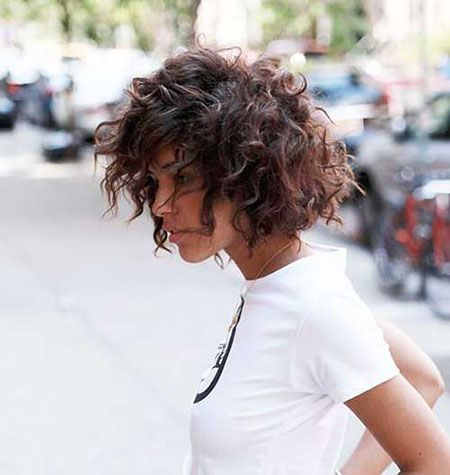 Bob Lockiges Haar Lockig Frauen Locken Frauen Locken Lockig Lockiges Kurzes Lockiges Haar Lockige Haare Haarschnitt Kurz