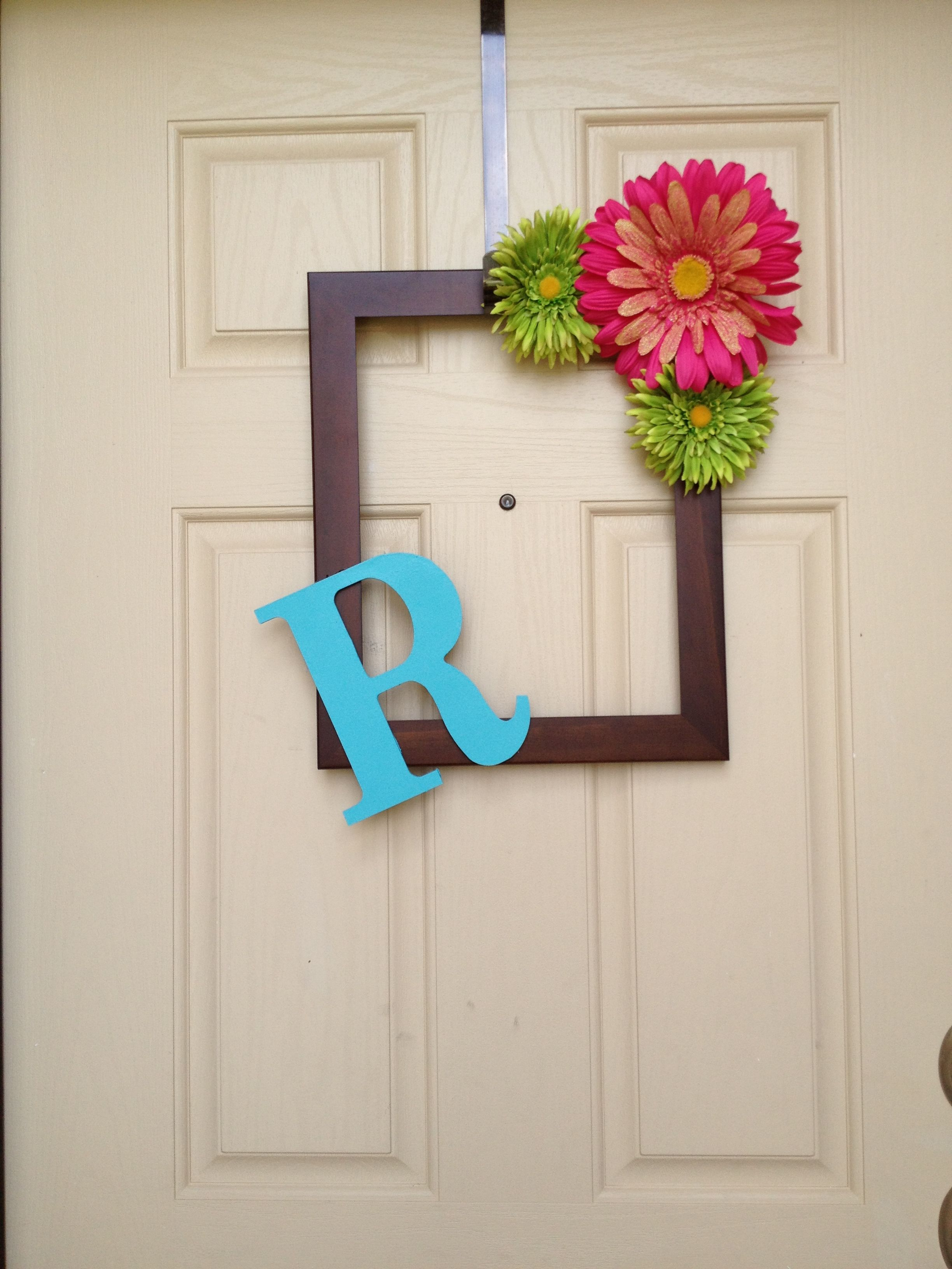 Picture frame door wreath! | Painting projects | Pinterest