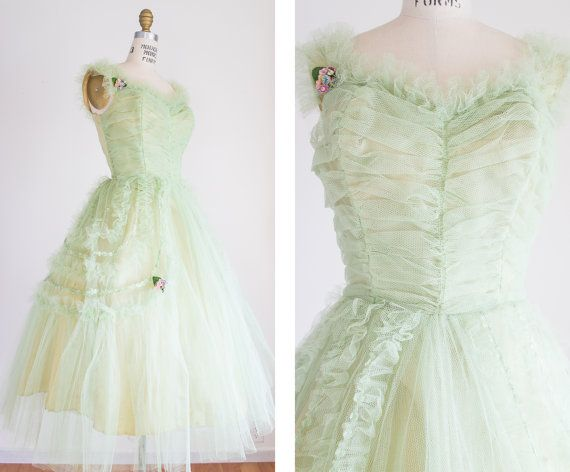 1950s cupcake prom dress / vintage / size xs small / Spring Green ...