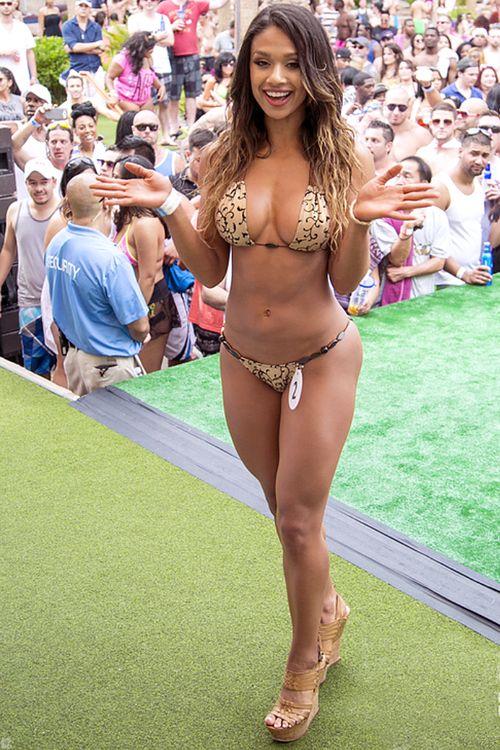 Amazing Hot Latina In Sexy Bikini Posing With Great Ass And Natural Big Hot Boobs