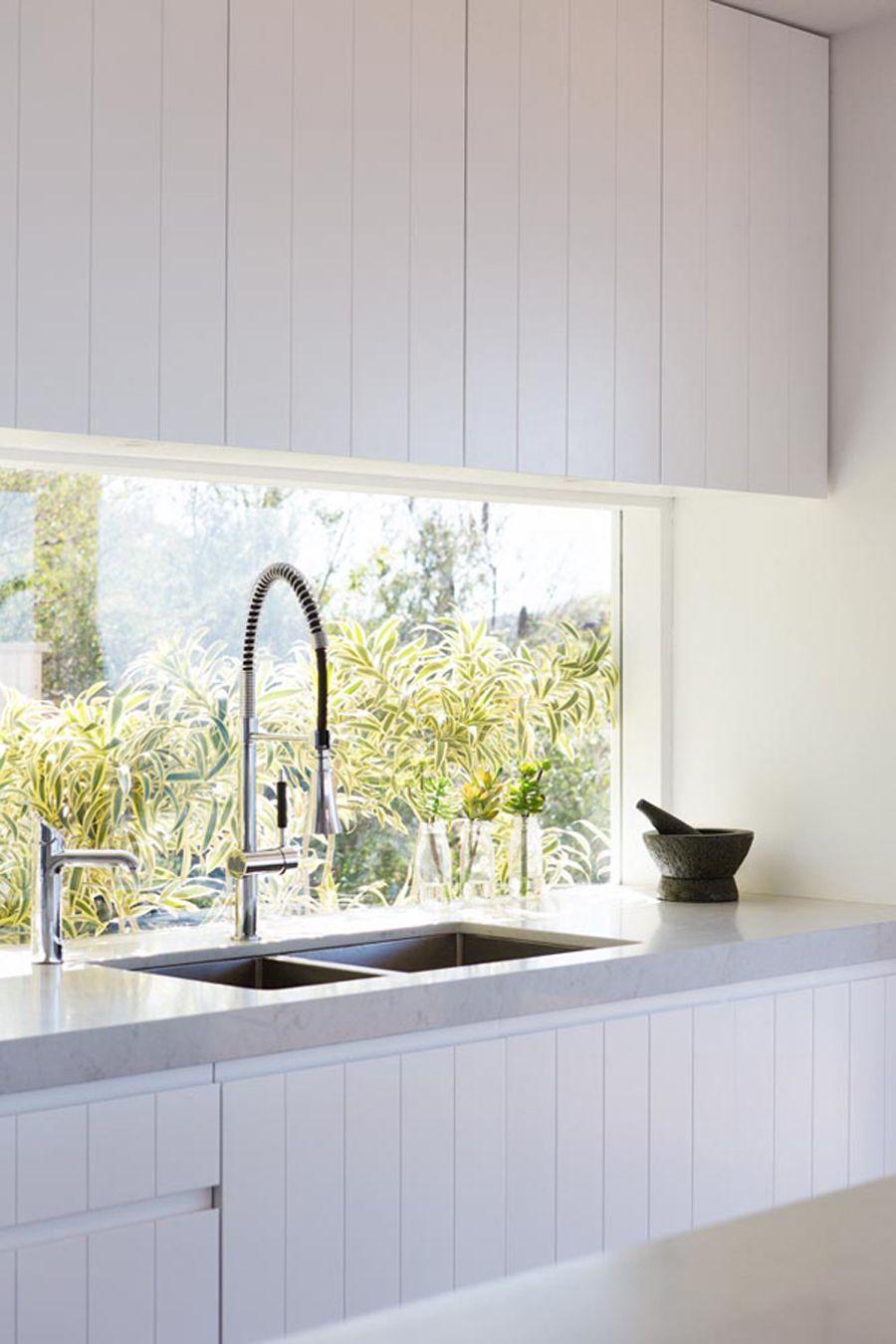 Küchenfenster ideen über spüle küche fenster lang spüle armatur oberschränke arbeitsplatte beton