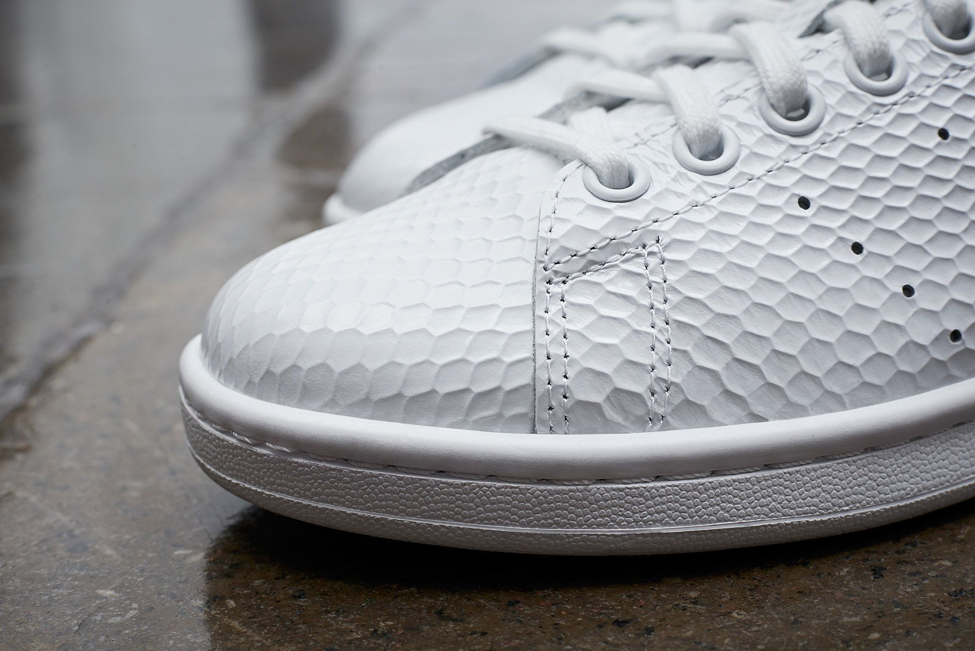 new product 26263 d907b Adidas Stan Smith Honeycomb Gloss