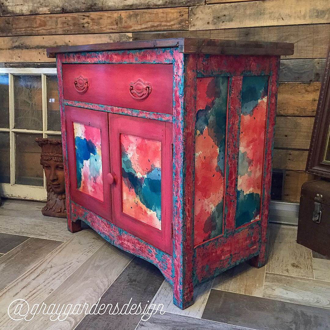 #bohemian #bohemianstyle #furnituremakeover #furnituredesign #homedecor #handpaintedfurniture #decoupage #diypaint #furnitureartist #colormovement #eclecticdecor #eclectic #rustichomedecor #rusticdecor #bohostyle #bohochic #watercolor