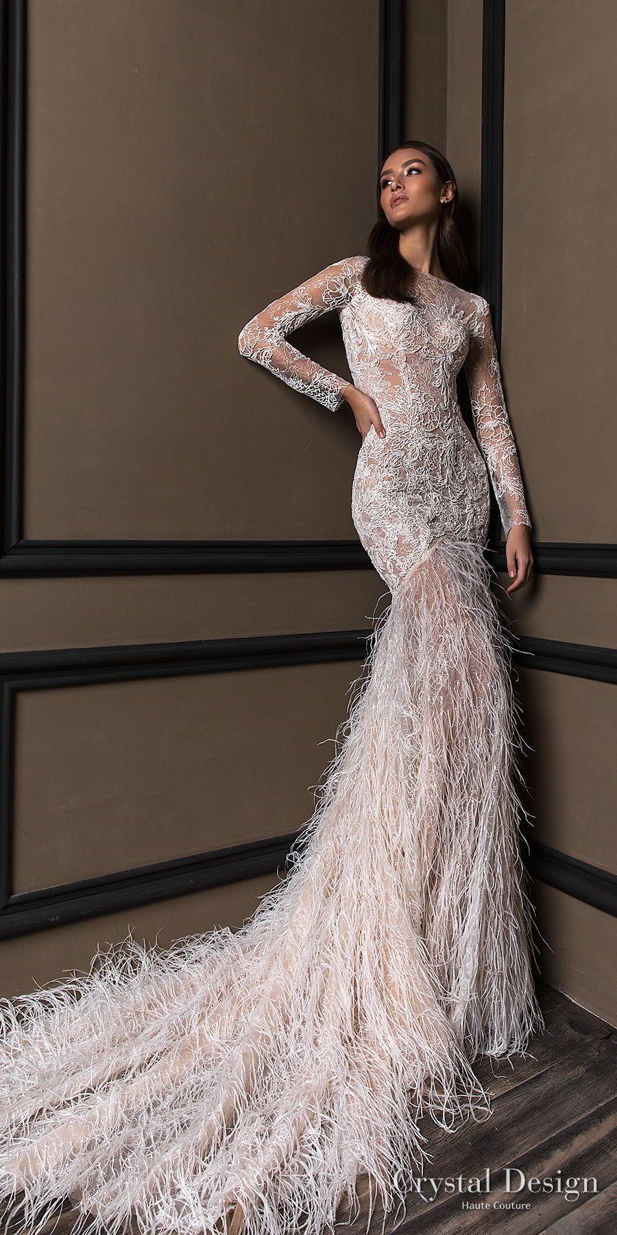 Choosing the perfect wedding dress in the salon Grand openwork