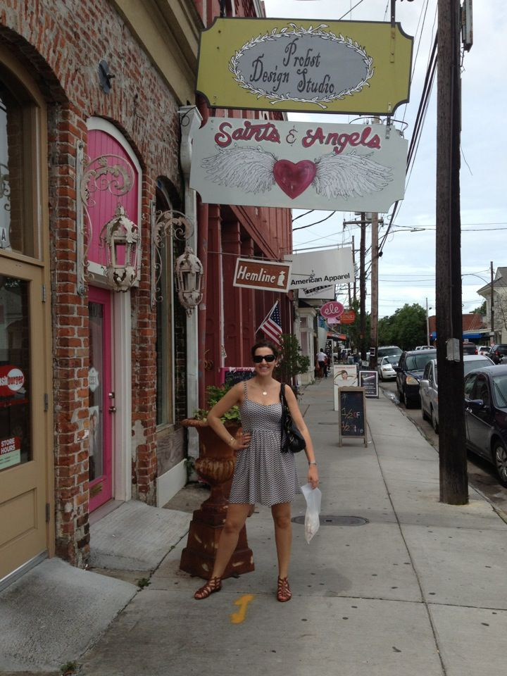 A major thoroughfare in new orleans where art galleries