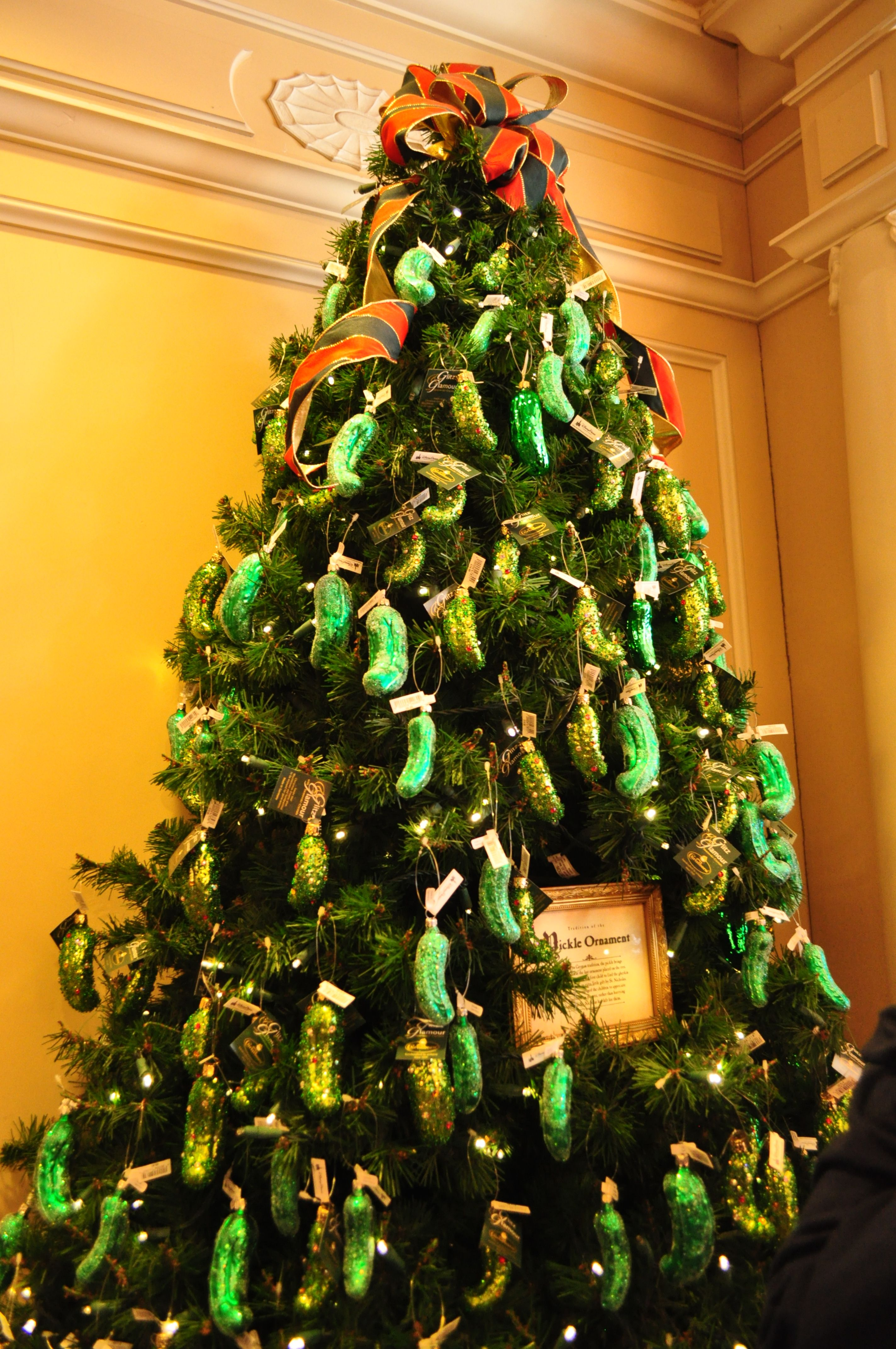a pickle christmas tree at epcot - Pickle On Christmas Tree