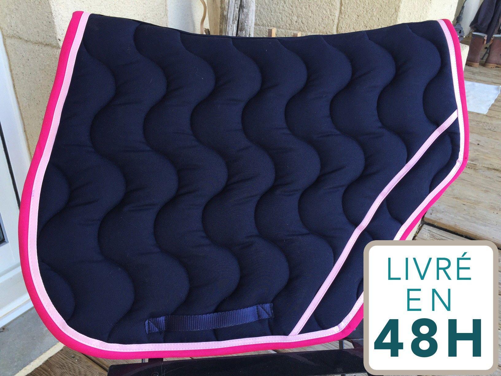 tapis paddock sport marine bord fuchsia tapis paddock pinterest tapis. Black Bedroom Furniture Sets. Home Design Ideas