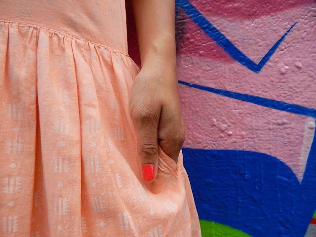 The Coolest Summer Dress - #blogger #retro #vintage #vintagestyle #fashionblogger #color #vintagefashionblogger #streetstyle