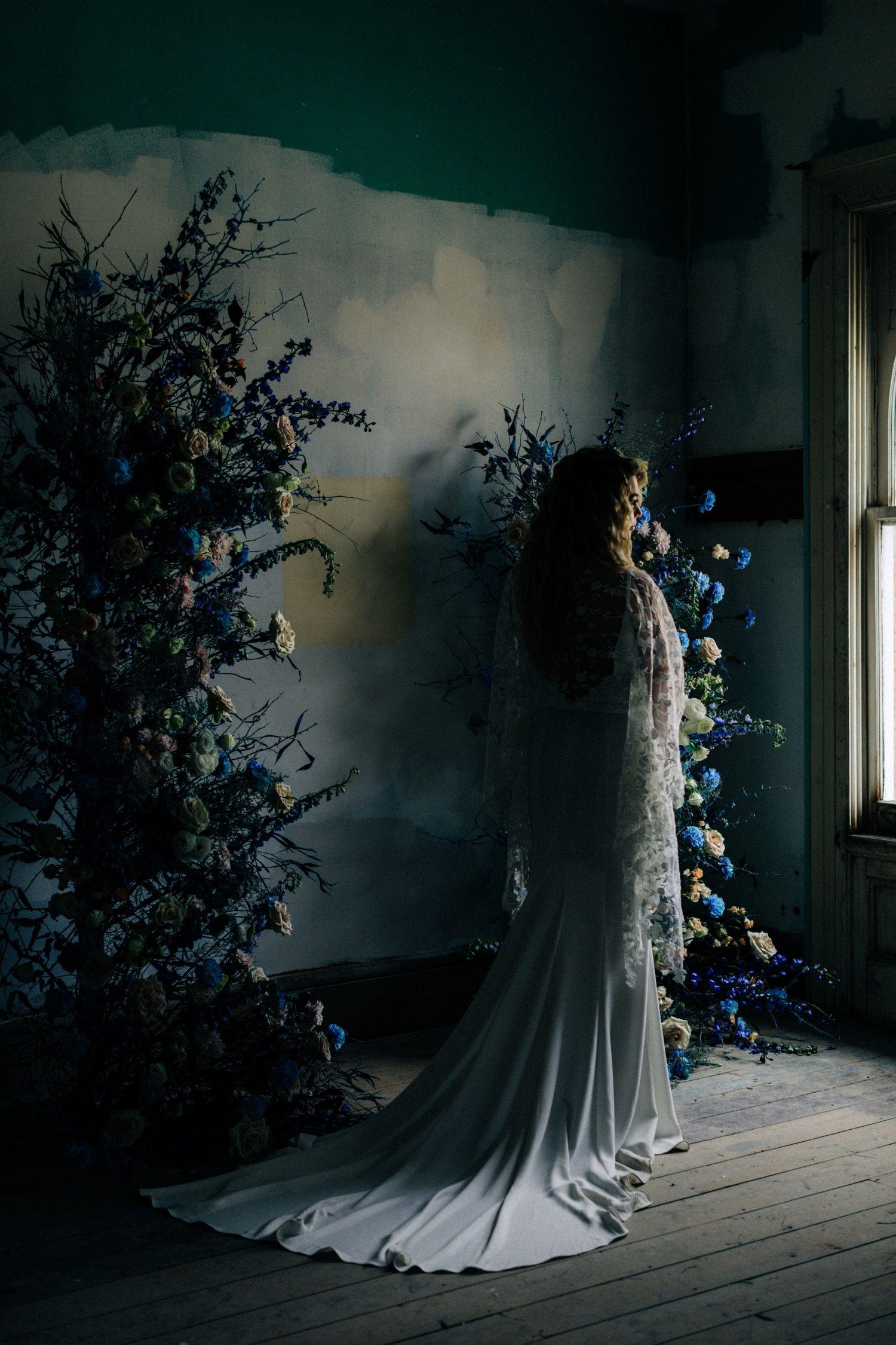 Ramsdens-photography-Wedding-photographer-hudson-valley-photoshoot-Revel32-Bridal-creative-Weird-makeup-Avant-garde-egyptian-inspiration-Look2020-gold-theme-Wild-Blooms-Bridal-macari-floral-Lady-Ramsden-Bridal-Boho-Bohemian-posing-creavity-tips-Workshop-Winter