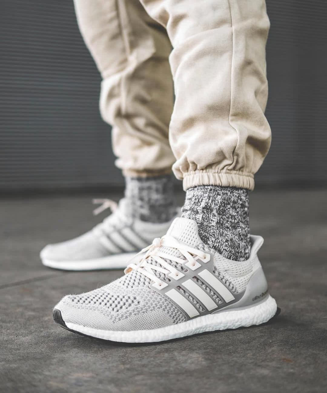 Kanye West X Adidas Yeezy Boost 350 Adidas Shoes Women Sneakers Men Fashion Shoes Sneakers Adidas