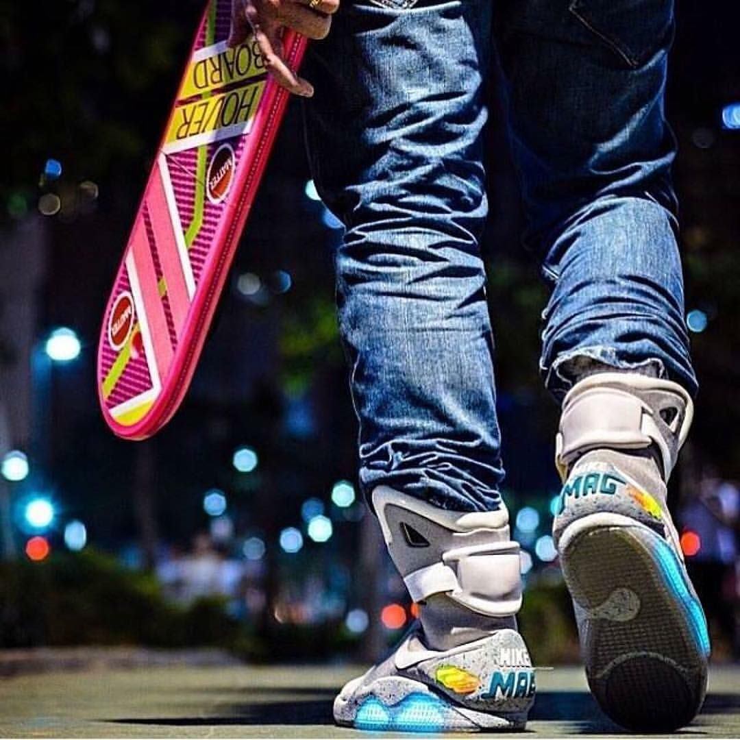 Nike MAG (Back To The Future II) #BTTF2 | SHOES | Regreso al