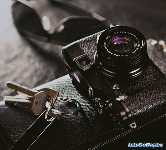 "Fujifilm x10. The best 'tween"" camera made today."