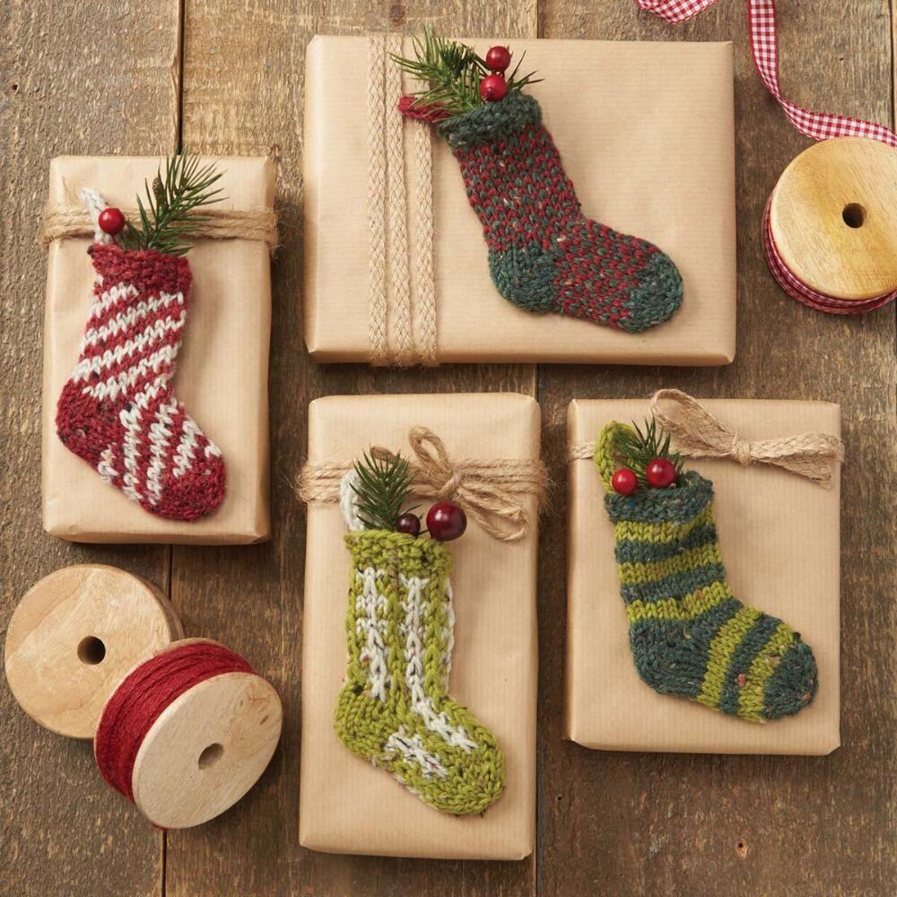 Holiday socks free knitting pattern download for christmas holiday socks free knitting pattern download for christmas bankloansurffo Choice Image