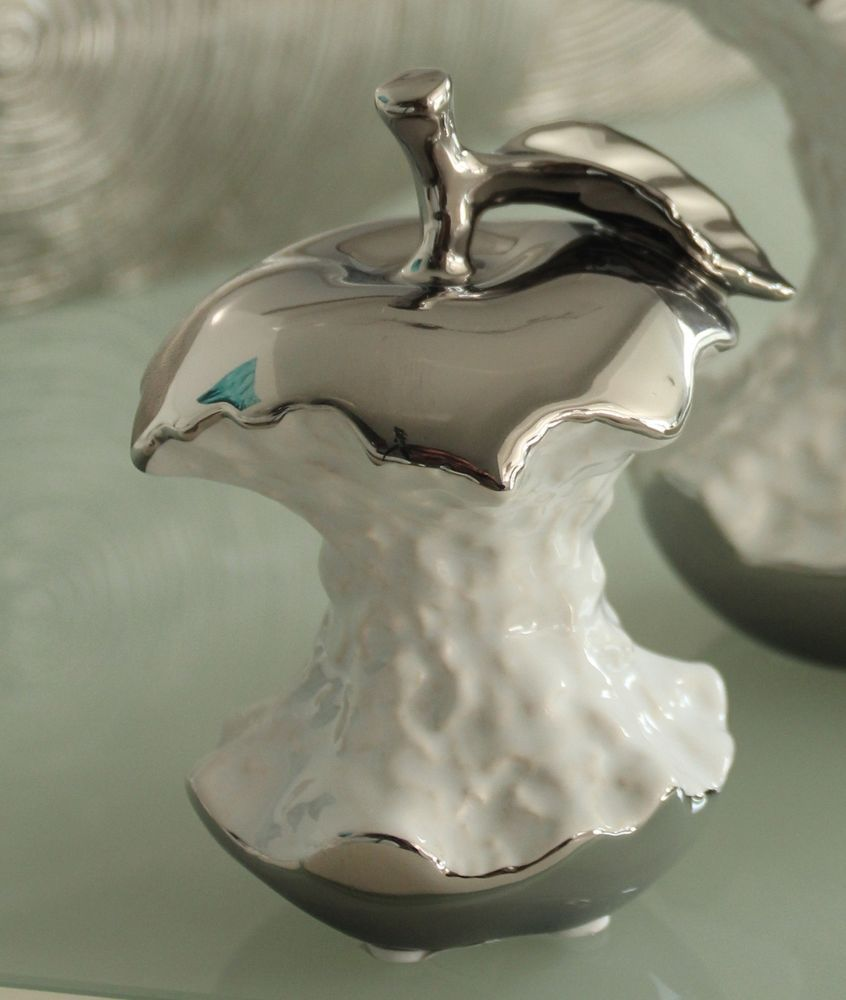 Moderne Skulptur Dekofigur Apfel Aus Keramik Weiss Silber 13x10 Cm