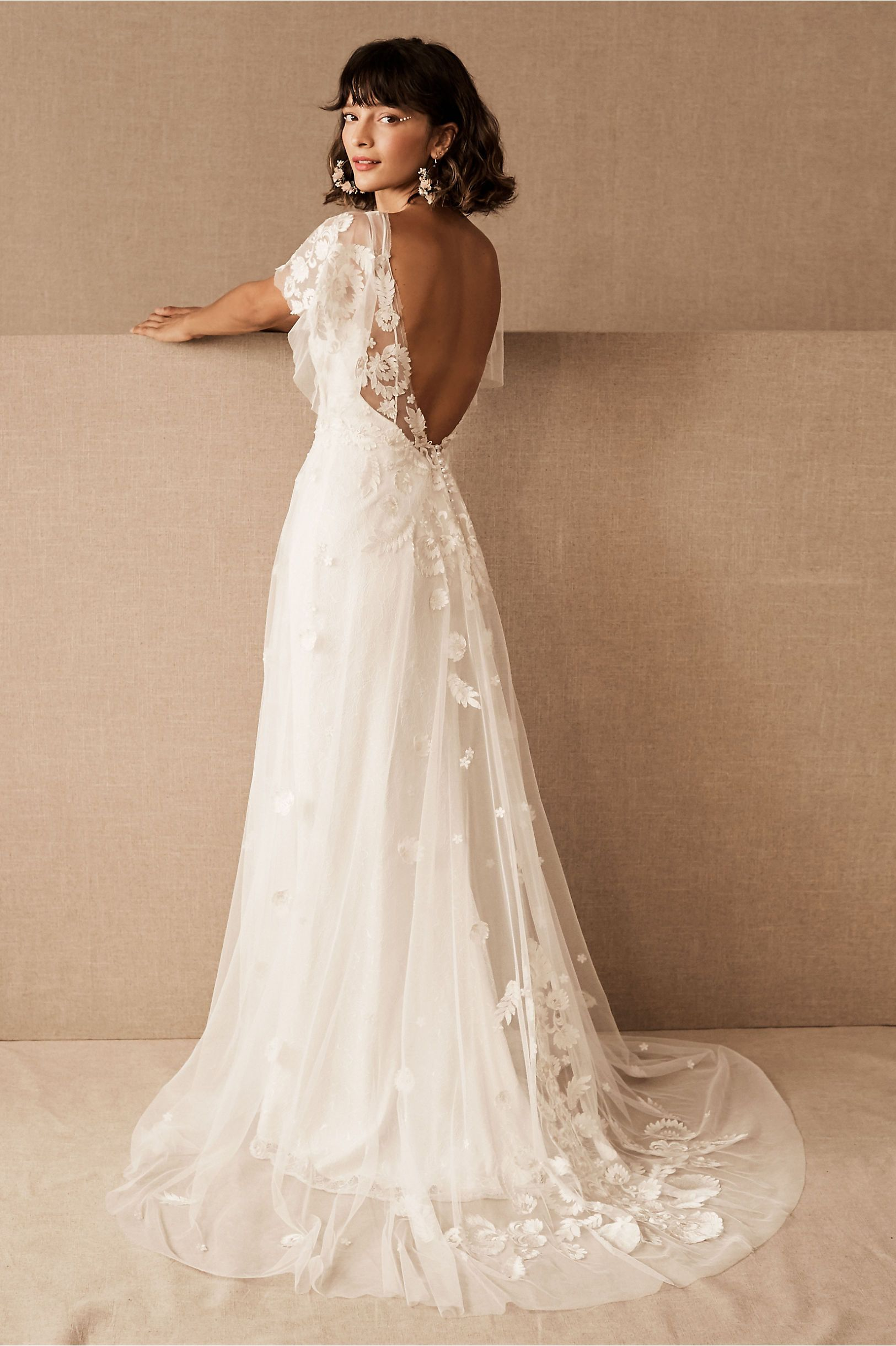 Willowby By Watters Heartleaf Gown In 2020 Bhldn Wedding Dress Wedding Dresses Lace Short Wedding Dress