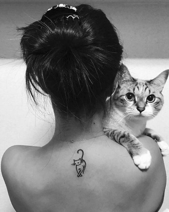 40+ Simple Cat Tattoos Designs For Cat Lovers #tattoos #cattattoos