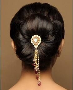 40 Indian Bridal Hairstyles Perfect For Your Wedding Bridal Hair Accessories Indian Bridal Hairstyles Bridal Hair