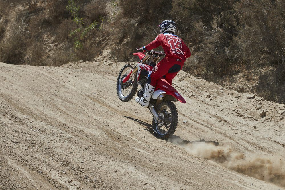 2017 Honda Crf450r Ride Action Pictures Review Of Changes
