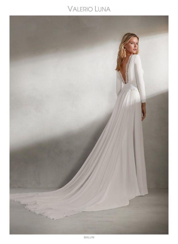 bodas de otoño. colección 2019 valerio luna | trajes de novia en