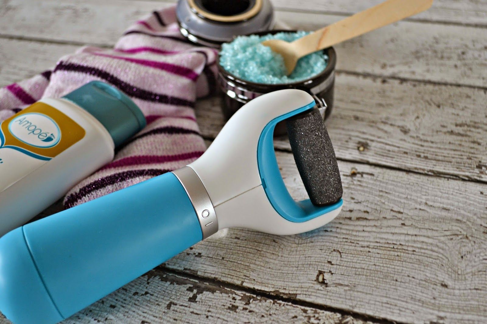 Winter is here!  This means your feet are going to need a little TLC.  Check out these easy Foot Care Tips for Winter and a fun new gadget called Amopé Pedi Perfect you can pick up at @Target.  Perfect way to keep your feet happy and healthy!!  #RespectUrFeet  #Shop #CollectiveBias #Target