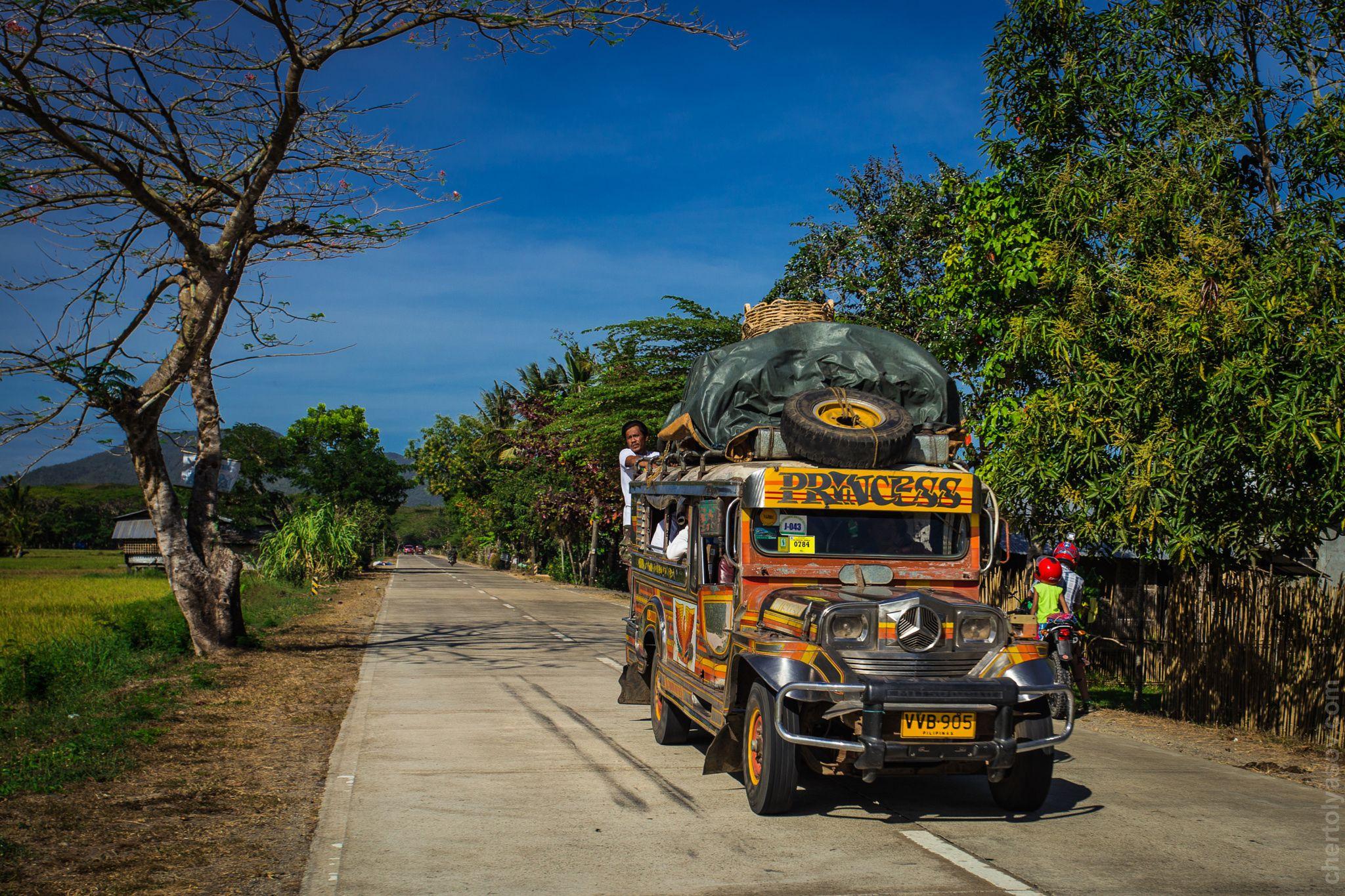 jeepney by Evgeniy Chertolyasov on 500px