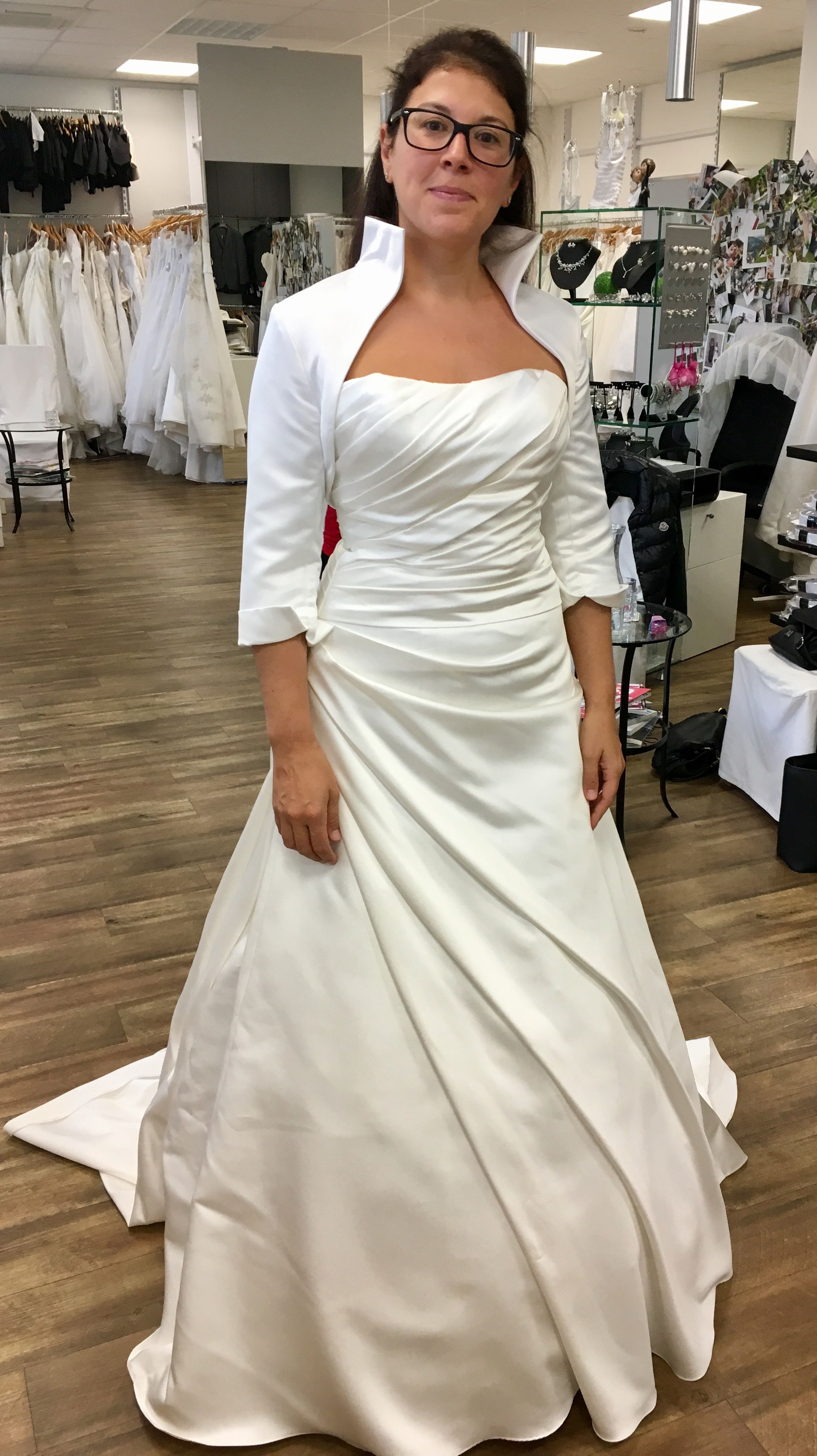 Pin von Verena Laneve auf Brautkleid | Pinterest | Brautkleid