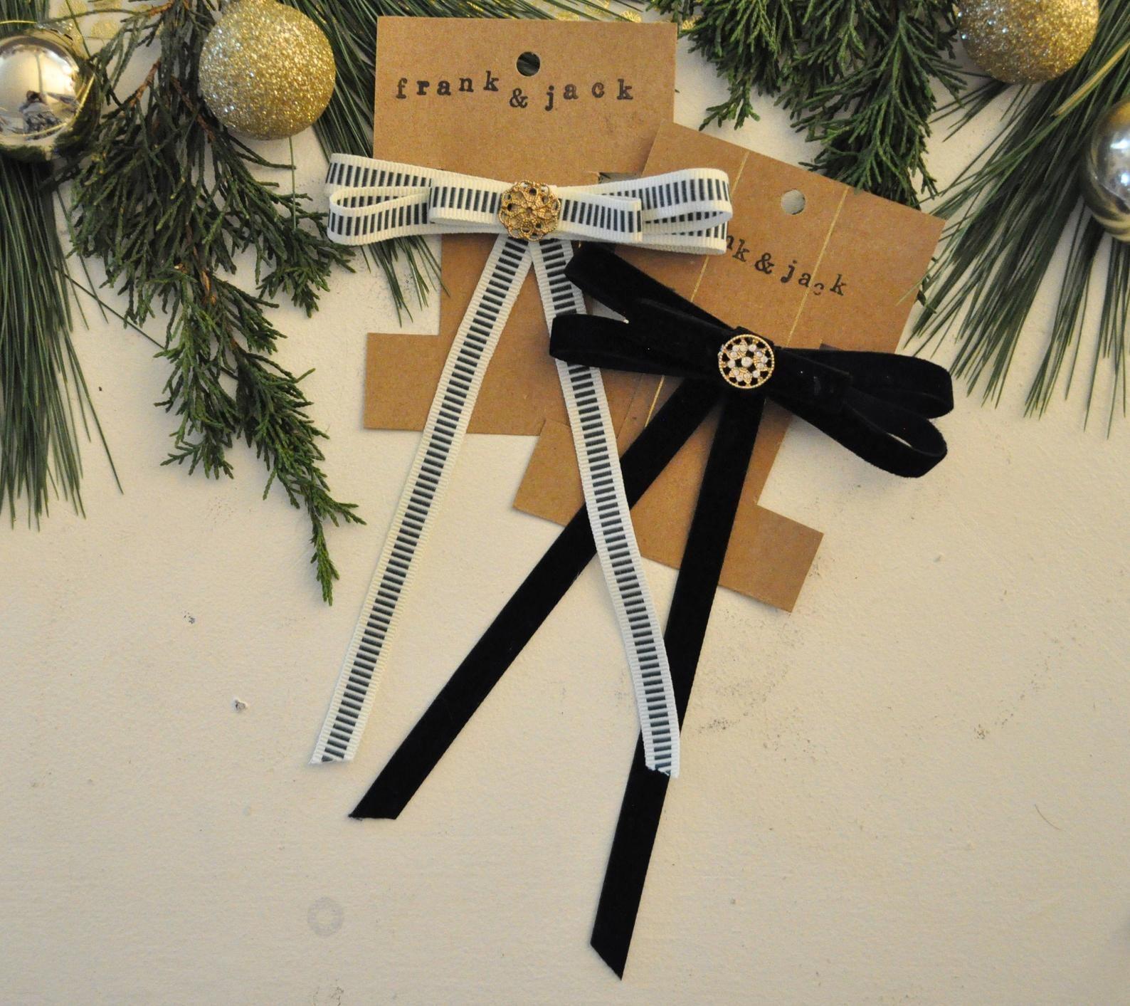 velvet + ribbon hair bow set #stockingstuffersforadults