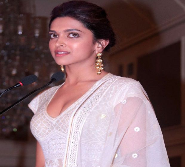 Deepika Padukone Biodata Deepika Padukone Indian Actresses Dress Images