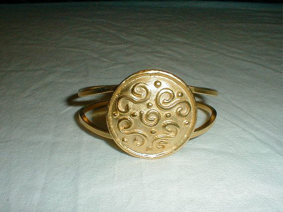 vintage doreen ryan clamper bracelet matte by qualityvintagejewels. check out my new site : www.qualityvintagejewelry.com .